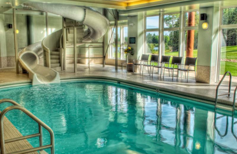 Indoor pool at Elk Ridge Resort.