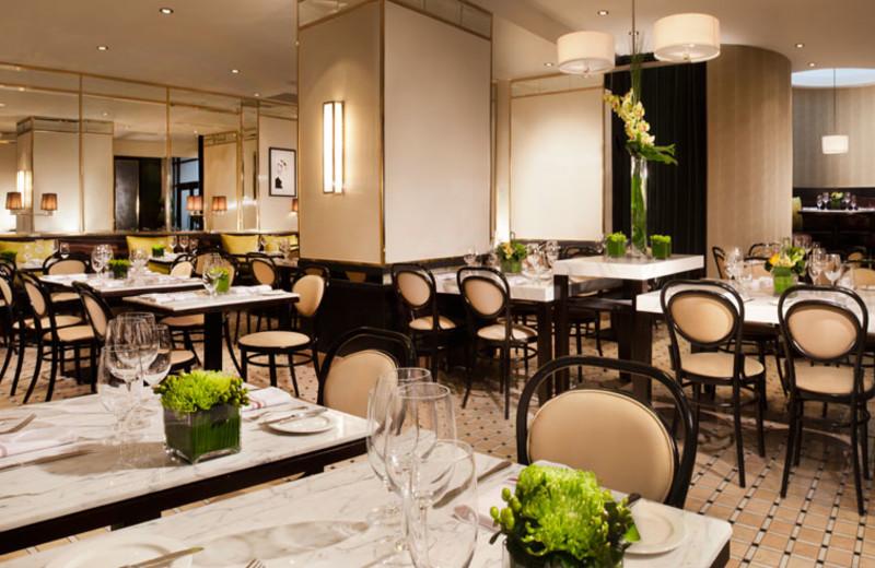Le Petit Opus Café at Hotel Omni Mont-Royal.