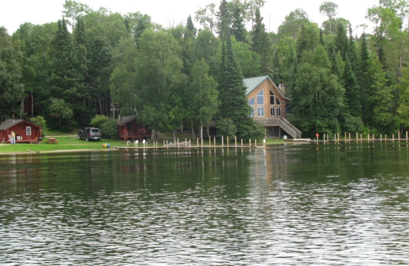 The Lodge at Thaddeus Lake Lodge