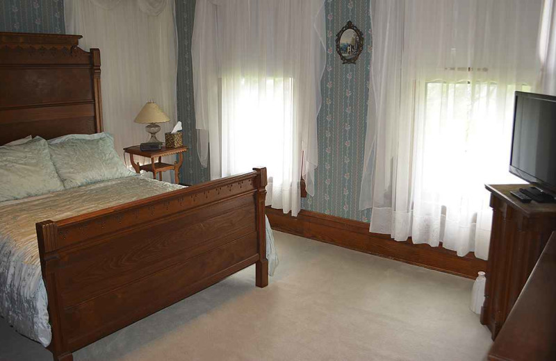 Guest room at The Inn at Battle Creek.