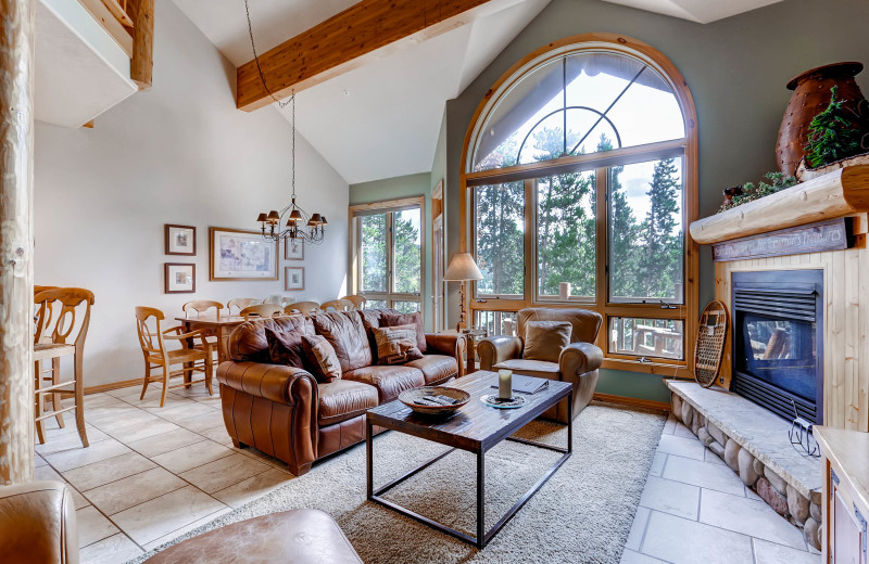 Elk Ridge is a spacious townhome which is perfect for gathering with friends or family.