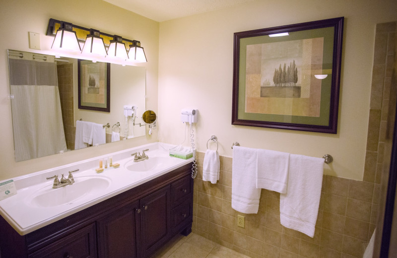 Guest bathroom at Water's Edge Inn & Conference Center.
