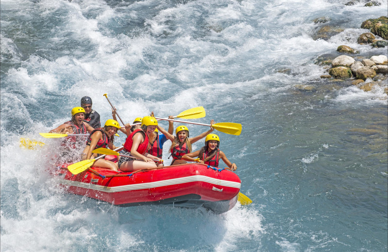Rafting near Fireside Resort at Jackson Hole.