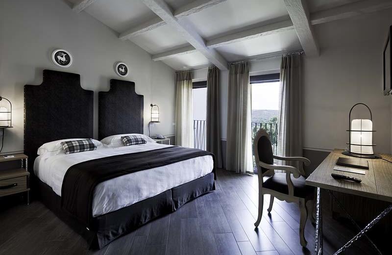 Guest room at Palazzo Mannaioni.