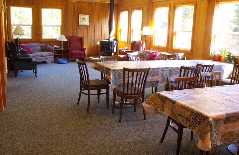 Dining room at Mt H'Kusam View Lodge.
