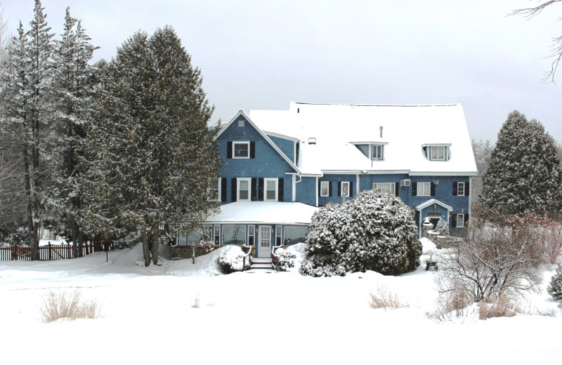 The White Mountains were made for winter, and so was the Darby Field Inn.  Explore the woods on snowshoe, then warm up fireside with a beverage!
