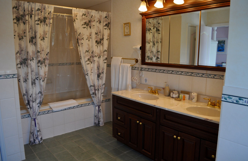 Guest bathroom at A Victorian On The Bay.
