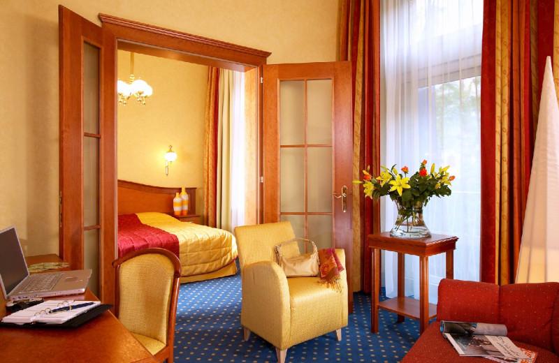 Guest room at Hotel Kummer.