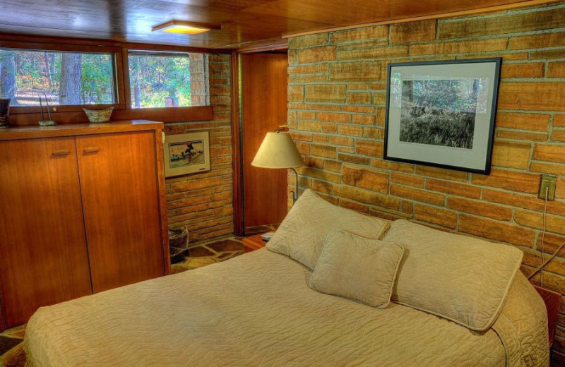 Guest Bedroom at the Seth Peterson Cottage Conservancy