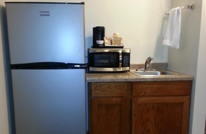 Guest kitchen at Battle Lake Inn and Suites.