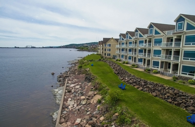 Exterior view of Beacon Pointe Resort.