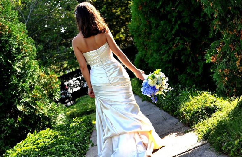 Bride at Southampton Inn.