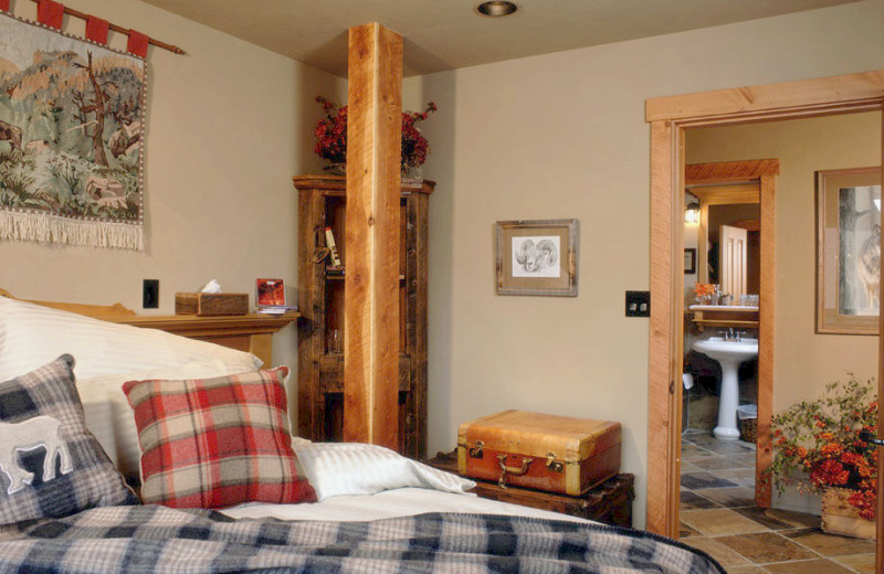 Bedroom at Paintbox Lodge