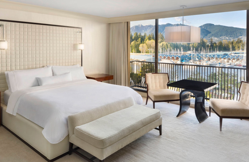 Guest room at The Westin Bayshore Resort