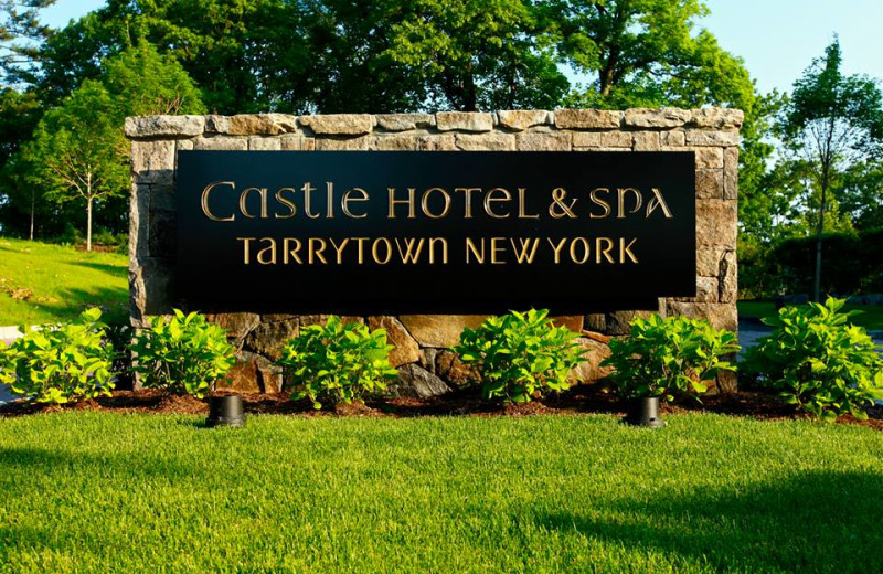 Sign at Castle Hotel & Spa.