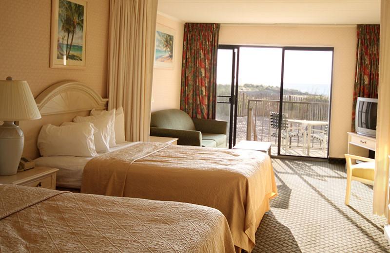 First floor Efficiency Room at Quality Inn Oceanfront Ocean City.