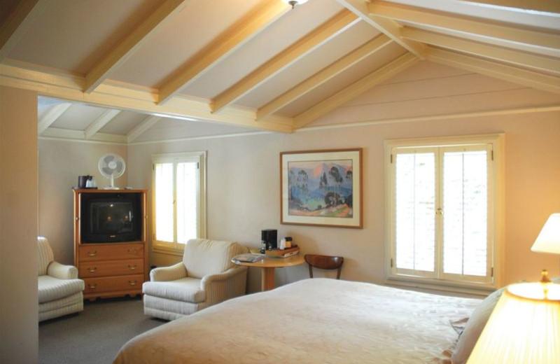 Premium king suite at Carmel Lodge.