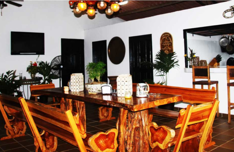 Dining room at El Rio Negro Sport Fishing.