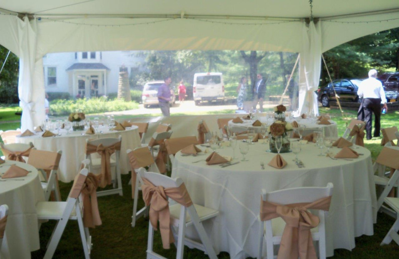 Weddings at The White Oak Inn