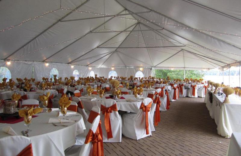 Wedding reception at Fourwinds Resort & Marina.