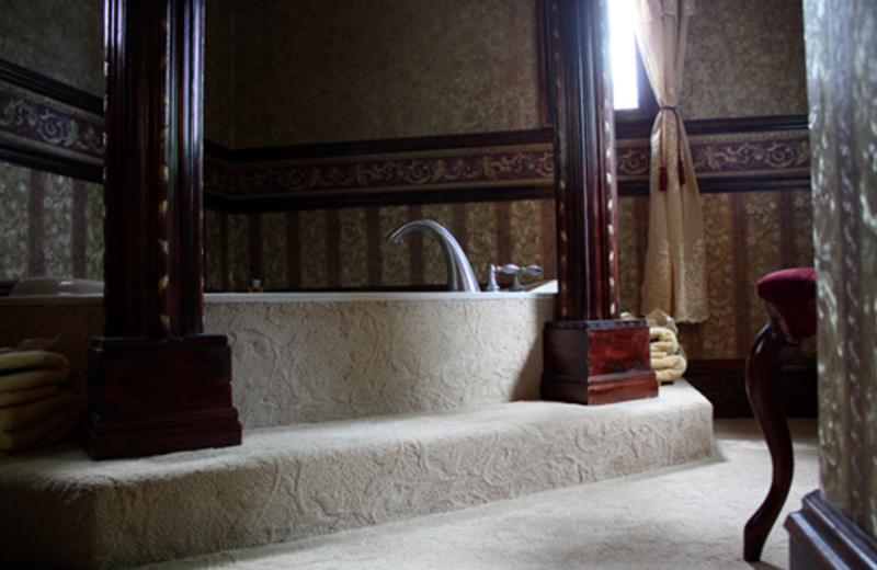 Wine and Gold Room jacuzzi at The 1887 Hansen House Bed & Breakfast.