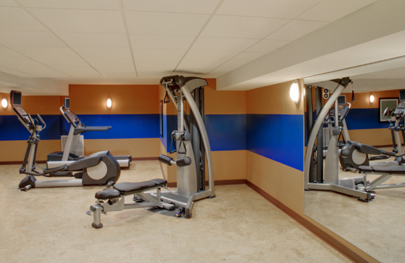 Fitness Center at Four Points by Sheraton Niagara Falls