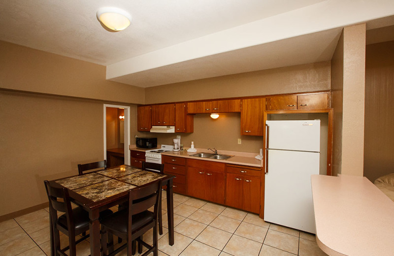 Guest kitchen at Havasu Springs Resort.
