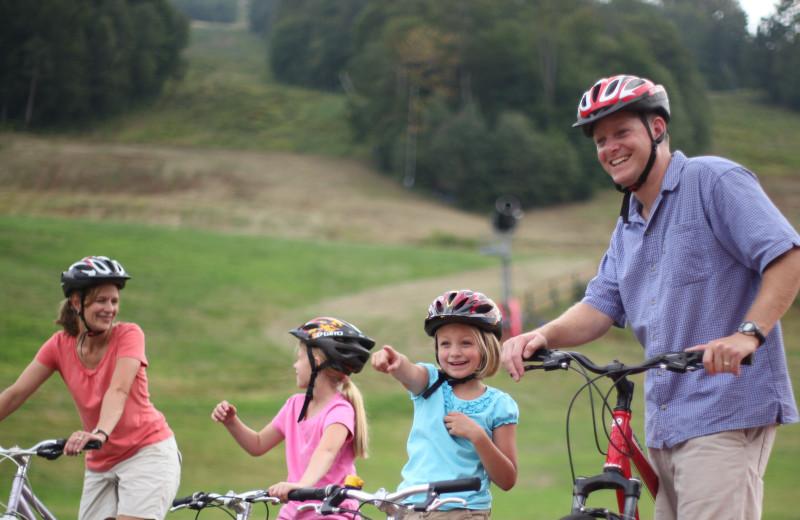 Family biking at The Lodge at Lincoln Station