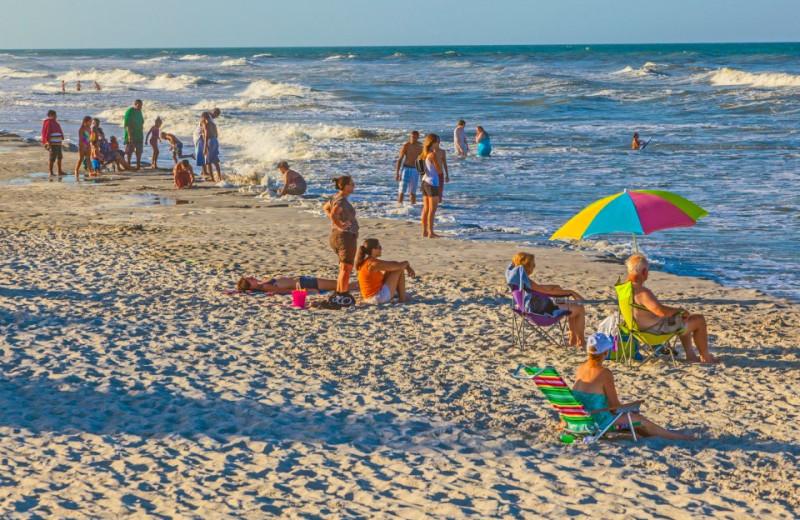 Beach at Surfbreak Oceanfront Hotel.