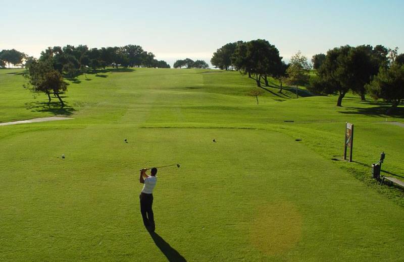 Golf course near Seabreeze Vacation Rentals, LLC.