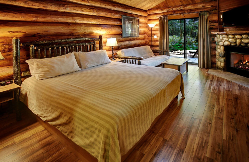 Guest room at Tigh-Na-Mara Resort.