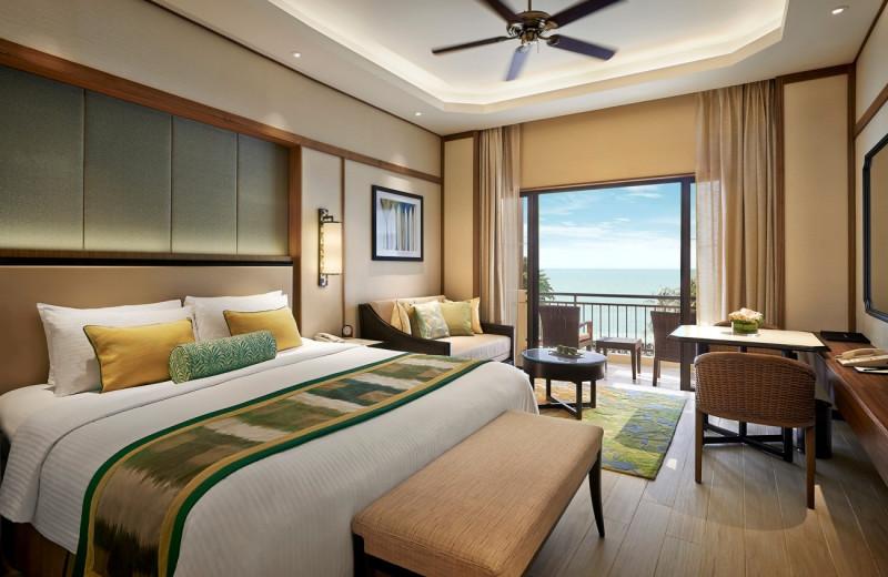 Guest room at Shangri-La Hotel-Penang.