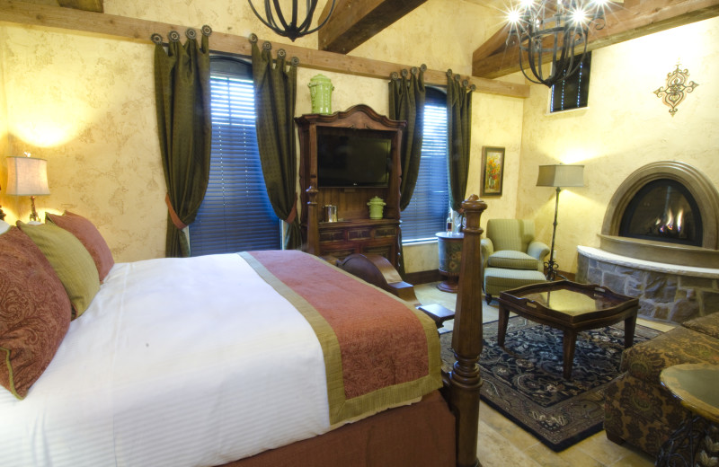 The room interior in the villas at Gervasi Vineyard
