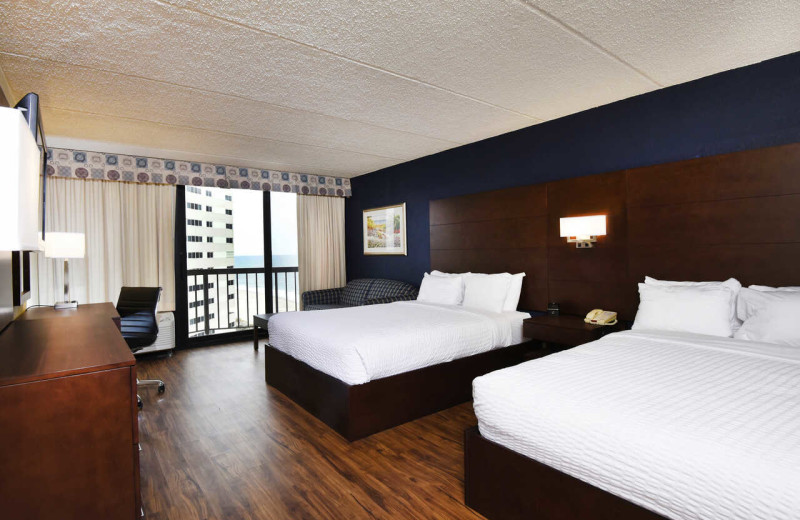 Guest room at Clarion Resort Fontainebleau Hotel.