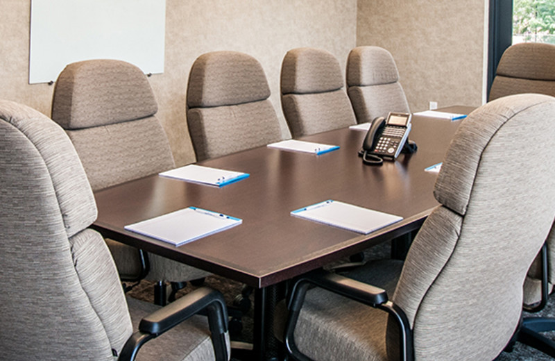 Meeting room at Kent State University Hotel.