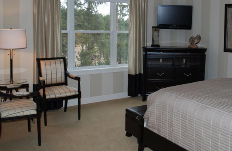 Guest room at Summer Creek Inn & Spa.
