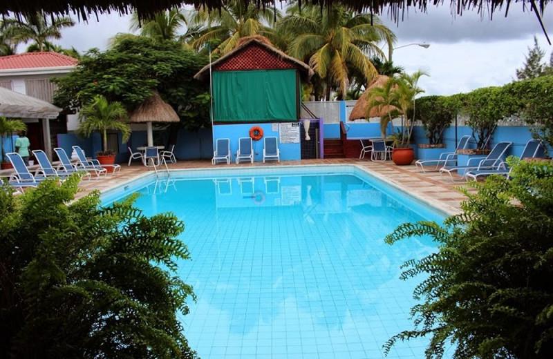 Outdoor pool at Radisson Fort George Hotel & Marina.
