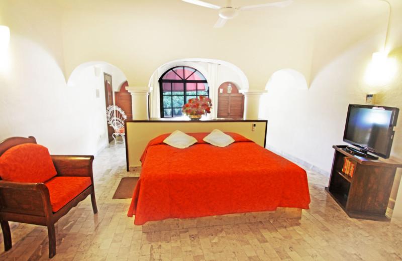 Guest room at Villablanca Garden Beach.