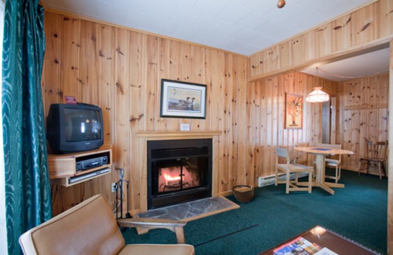 Cottage living room at Blue Spruce Resort.