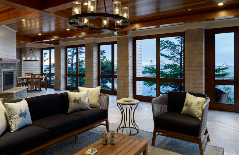 Cottage living room at Boothbay Harbor Country Club.