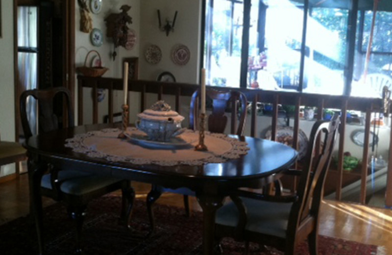 Dining table at Zinfandel House.