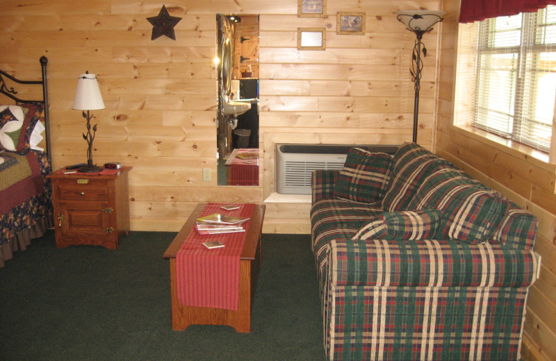 Cabin living room at 7C's Lodging.