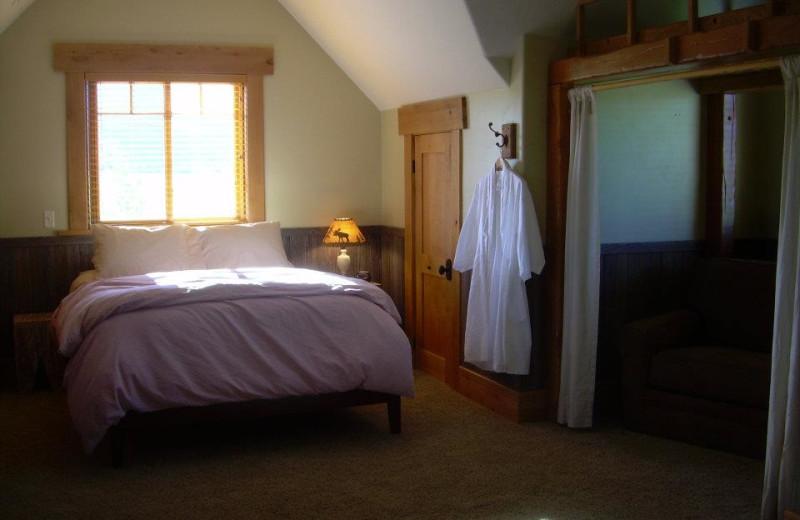 Guest room at Lone Elk Lodge.