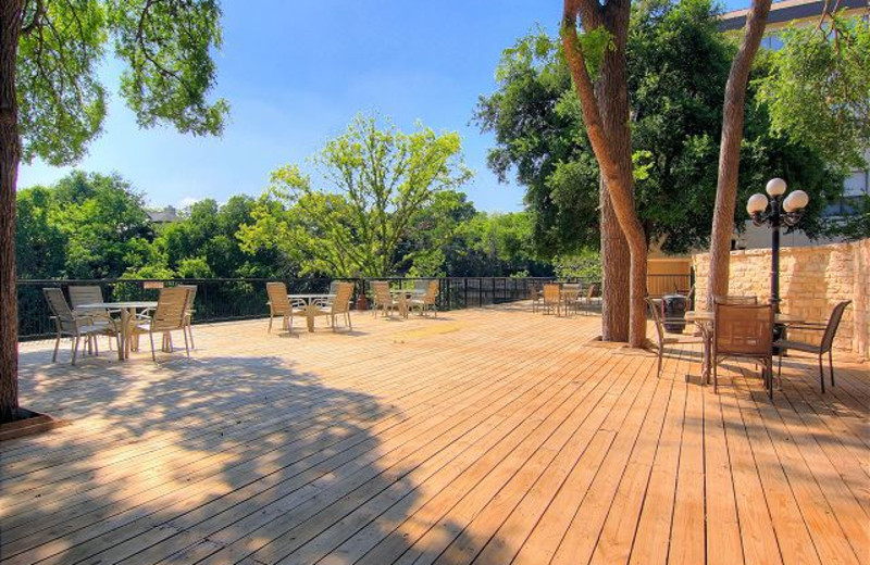 Rental patio at New Braunfels Escapes.