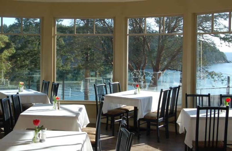 Dining at Mayne Island Resort and Spa.