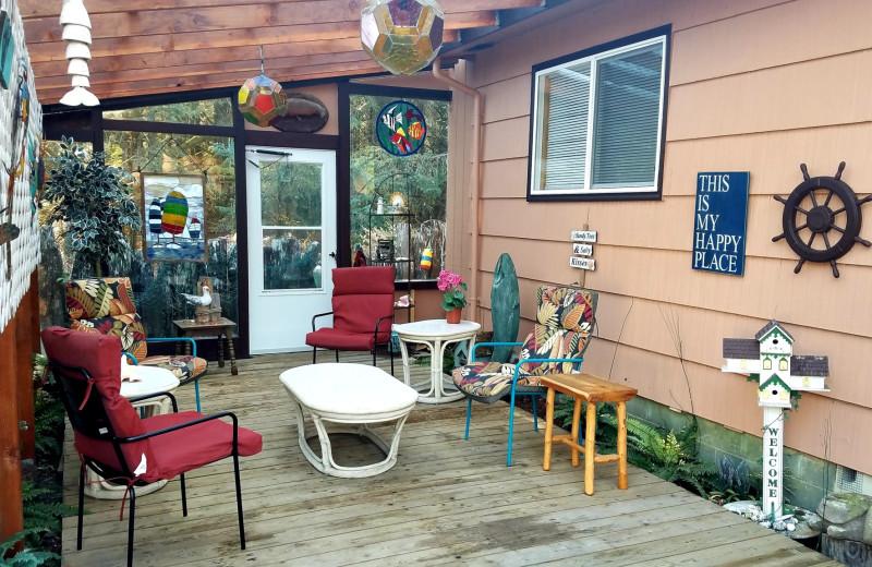 Rental patio at Oceanfront Getaways.