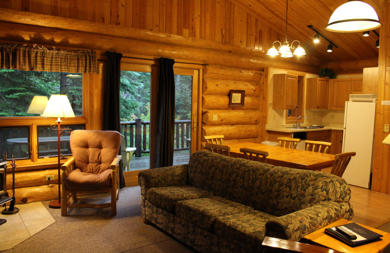 Cabin living room at Cascade Lodge