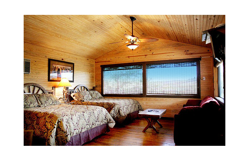 Guest bedroom at Hideout on the Horseshoe.