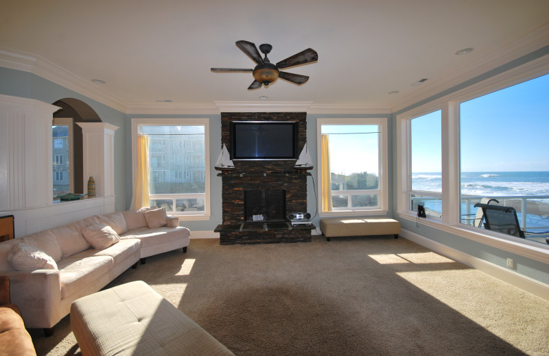 Guest living room at Admiral's Beach Retreat.