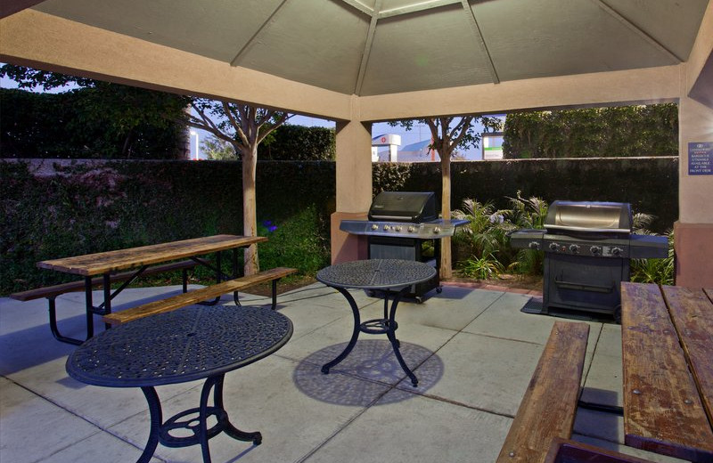 Patio at Candlewood Suites North Orange County.